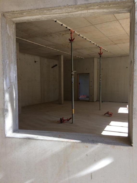Saniertes Zimmer Baustelle Daglfing