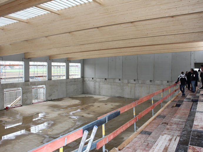 Baustelle Turnhalle Neufinsing