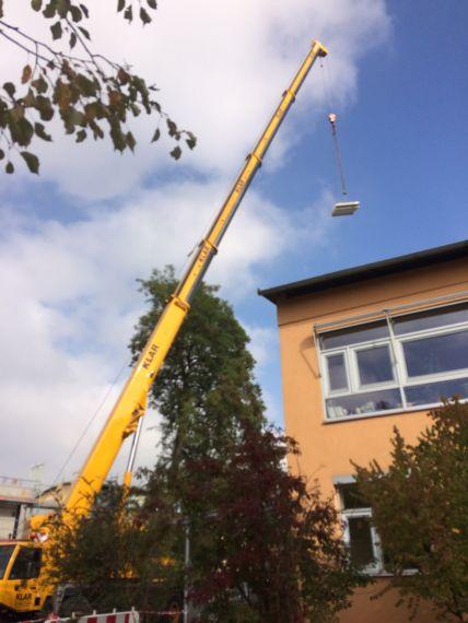 Krahn der Firma Pointner Bauunternehmung GmbH aus einer anderen Perspektive
