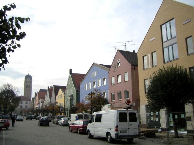Neubau, Wohn- und Geschäftshaus, Erding aus einer anderen Perspektive